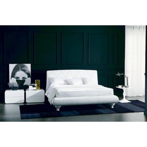 Кровать ALEXIA (3147PN) 180x200 (TR505 белый кат.В, экокожа, LO79 белые ноги)